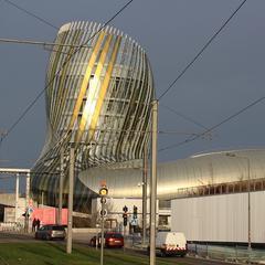 Deposito bagagli a Città del vino di Bordeaux