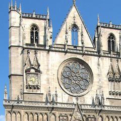 Consigna equipaje en Catedral de Lyon
