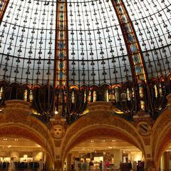 Luggage storage Galeries Lafayette of Paris