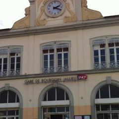 Consigna equipaje en la Gare de Bourgoin-Jallieu